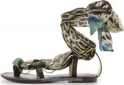 Модные сандалии лето 2011