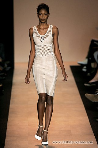 белое платья-бандаж Hervé Léger by Max Azria