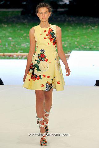 Платье в цветочек от Erdem