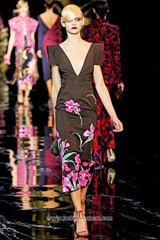 Модное платье от  Louis Vuitton