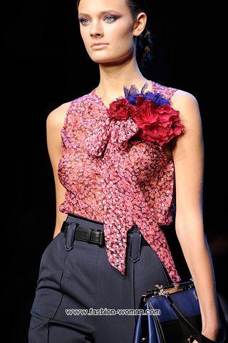 Декоративные цветы на одежде