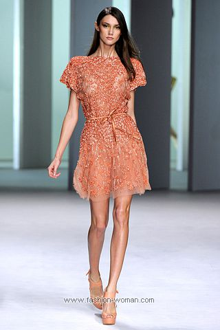 Коктейльное платье вышитое кристаллами