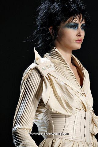 Модный широкий пояс весна-лето 2011