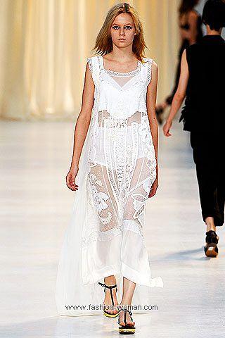 Белое платье весна-лето 2011