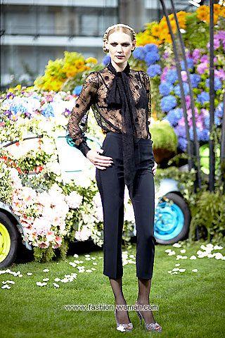 Модная полупрозрачная блуза