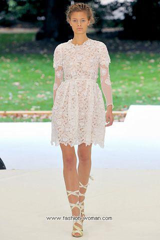 Модное платье из кружев от Erdem