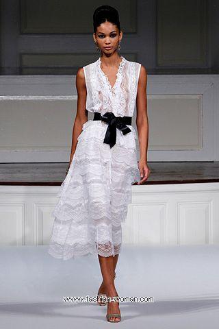 Белое кружевное платье Oscar de la Renta