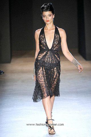 Коктейльное платье из кружева