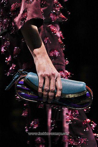 Показ Louis Vuitton весна-лето 2011