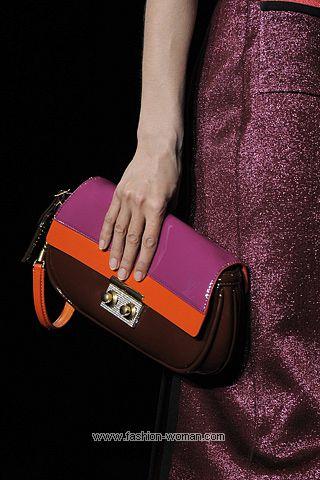 Лаковая сумка Луи Вуиттон весна-лето 2011