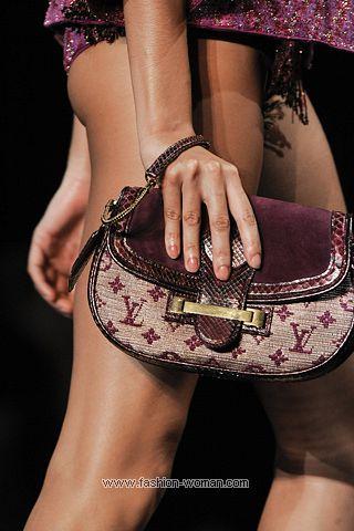 Cумки и клатчи Louis Vuitton весна-лето 2011