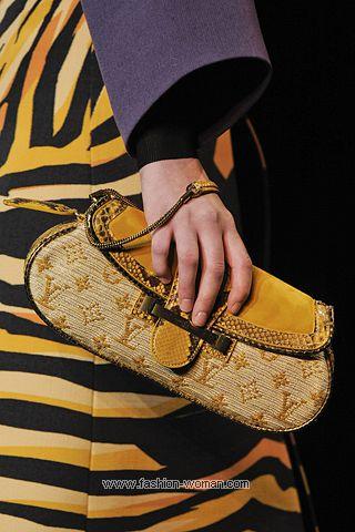 Сумка из текстиля от Луи Вуиттон