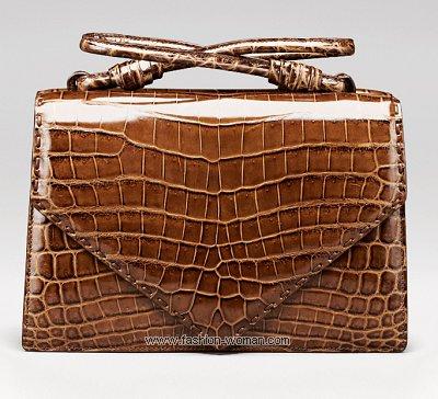 модный клатч от Bottega Veneta