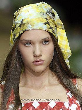 Модный платок на голову от D&G весна-лето 2011