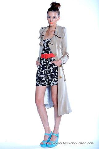 модный длинный плащ 2011