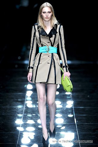 Модный плащ 2011