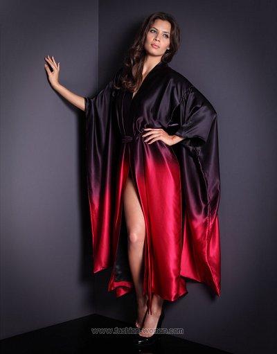 Шелковый халат от Agent Provocateur