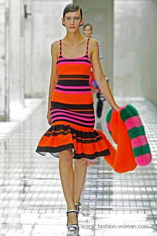 Модный сарафан от Prada