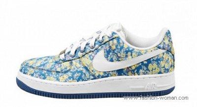 Женская спортивная обувь 2011
