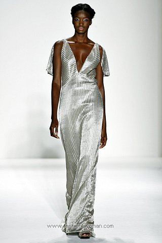Вечернее платье от Luca Luca
