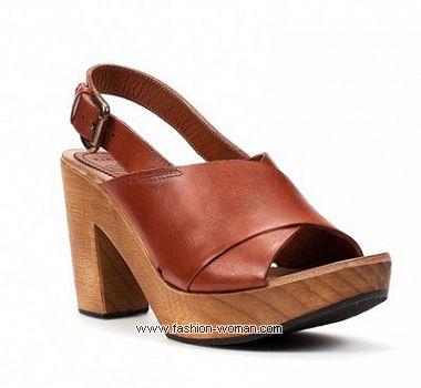 Обувь на деревянной подошве  от  Zara