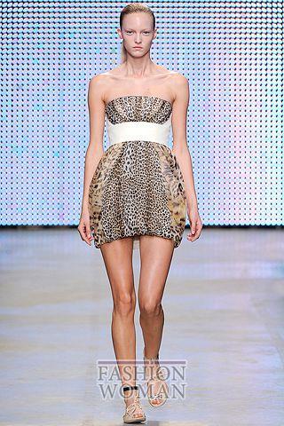 Модное платье с леопардовым принтом