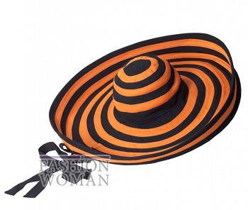 Полосатая шляпа Prada