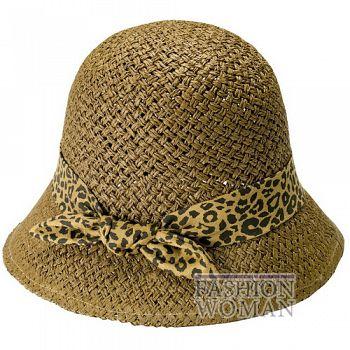 Соломенная шляпа-клош