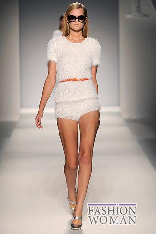 Модные мини-шорты лето 2011
