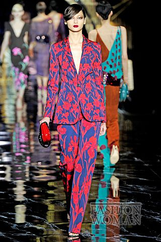 костюм с цветочным принтом от Louis Vuitton