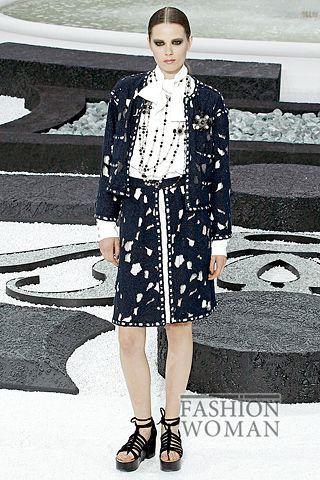 костюм с юбкой от Шанель