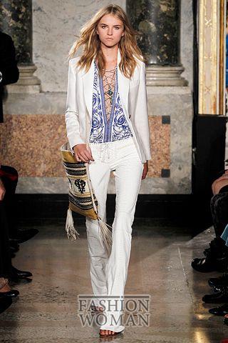 белый костюм от  Emilio Pucci
