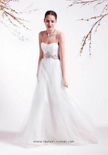 Свадебное платье на тонких брительках от Blumarine