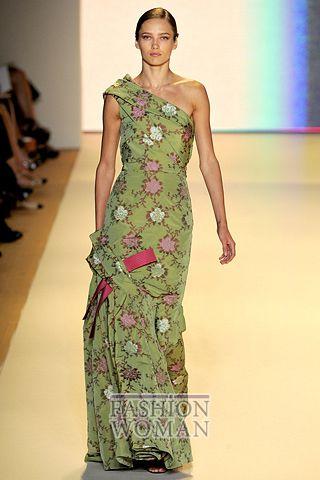 Вечернее платье в цветы