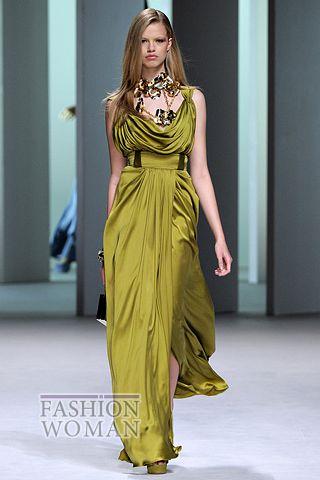 Атласное выпускное платье