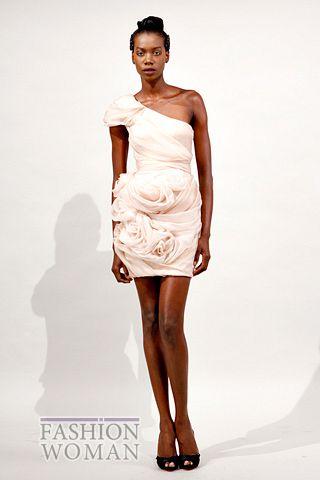 Платье с драпированными розами