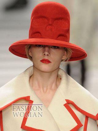 modnie shlyapi osen zima 2011 2012 10