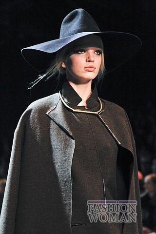 modnie shlyapi osen zima 2011 2012 11