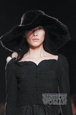 modnie shlyapi osen zima 2011 2012 14