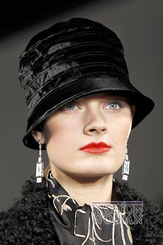 modnie shlyapi osen zima 2011 2012 15