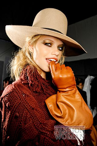 modnie shlyapi osen zima 2011 2012 5