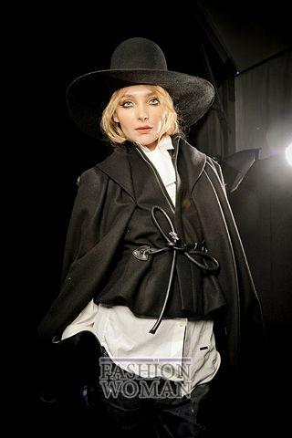 modnie shlyapi osen zima 2011 2012 6