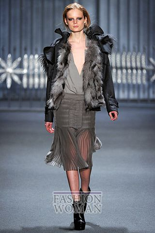 модная осенняя куртка 2011