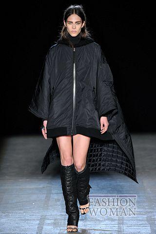 куртка-парка со шлейфом
