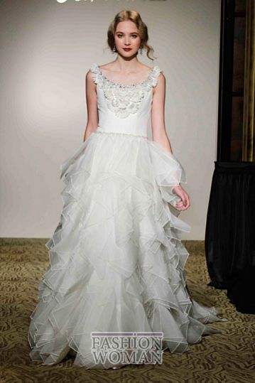 svadebnie platya st pucchi spring 2012 bridal shows 11