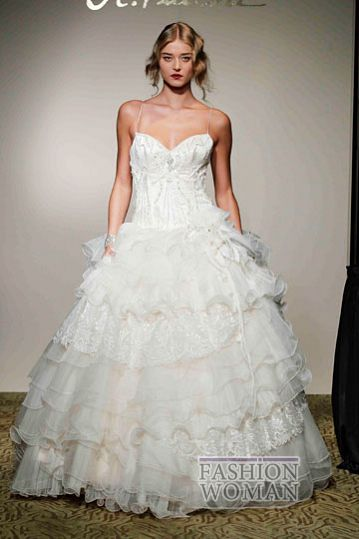 svadebnie platya st pucchi spring 2012 bridal shows 12