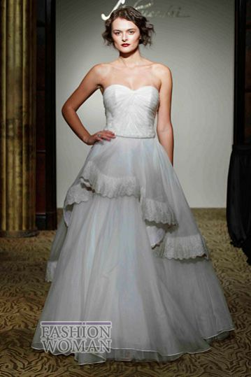 svadebnie platya st pucchi spring 2012 bridal shows 17