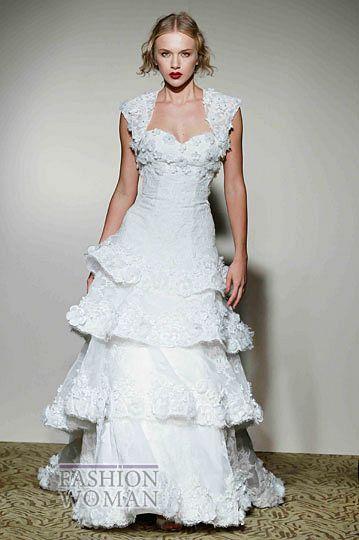 svadebnie platya st pucchi spring 2012 bridal shows 22