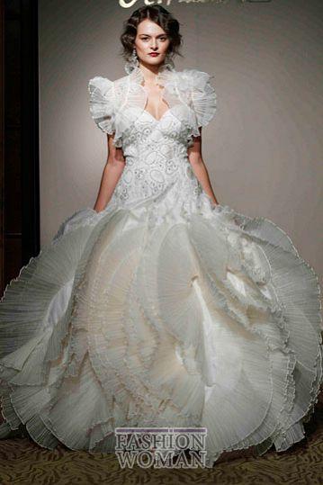 svadebnie platya st pucchi spring 2012 bridal shows 25