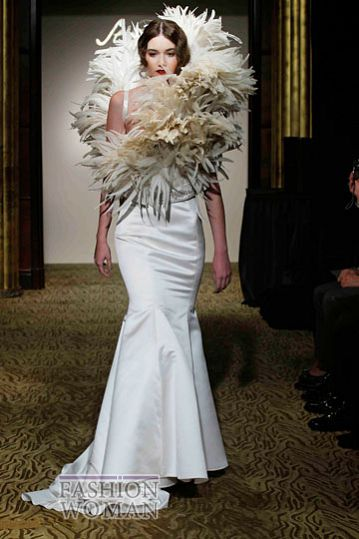 svadebnie platya st pucchi spring 2012 bridal shows 26